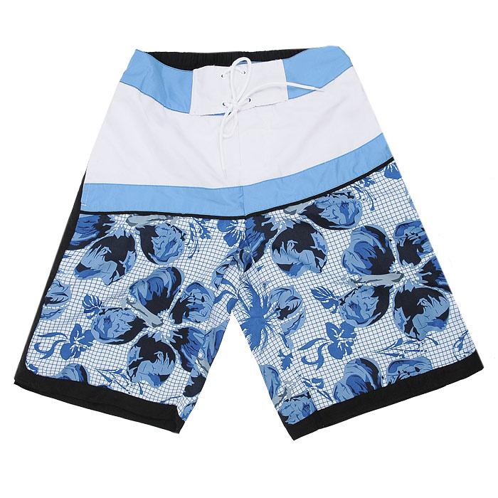 Шорты мужские Ultra, цвет: синий. 111481. Размер M (32)111481_Br. Blue-490Яркие мужские шорты Ultra прямого покроя изготовлены из высококачественного материала. Они хорошо сохраняют форму, мало мнутся, устойчивы к воздействиям тепла и света, не требуют специального ухода, почти не впитывают воду.Шорты на поясе имеют широкую эластичную резинку, застегиваются на скрытую липучку и ширинку на липучке и дополнительно завязываются декоративной шнуровкой на планке. Шорты оформлены ярким гавайским рисунком и двумя прорезными карманами. Также они имеют подкладку из дышащего сетчатого материала, благодаря чему они не сковывают движения, обеспечивая наибольший комфорт.Эти оригинальные и модные шорты послужат отличным дополнением к вашему гардеробу в летнее время года. В них вы всегда будете в центре внимания!