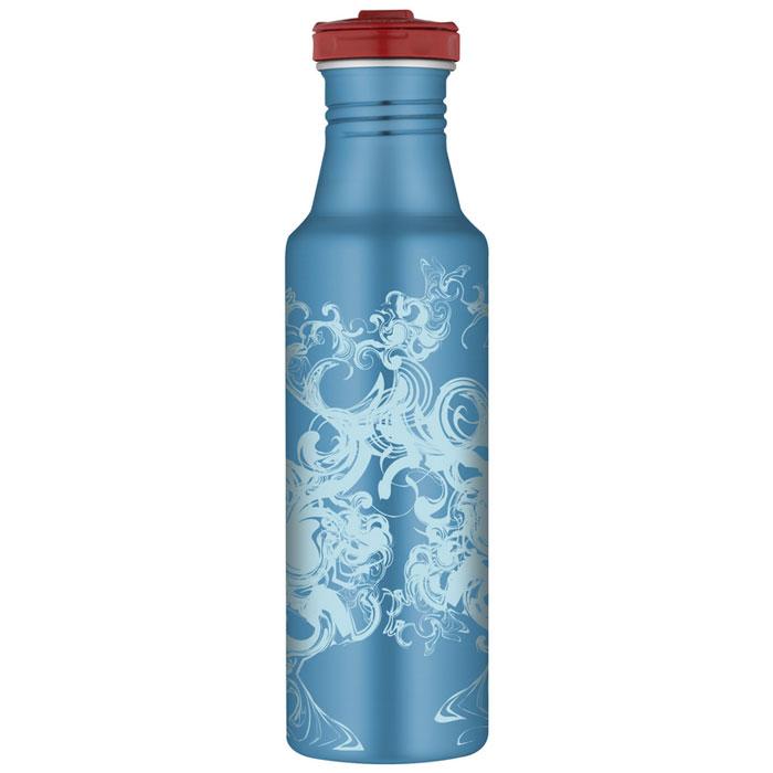 Фляжка Roho для напитков, цвет: голубой, 700 мл100986Практичная и удобная фляжка Roho прекрасно подойдет для транспортировки различных напитков. Она будет незаменим во время путешествий, поездок на пикник или на дачу. Особенности фляжки Roho: изготовлена из высококачественной нержавеющей стали, с одной стенкой пластиковые детали не содержат Бисфенол А завинчивающаяся крышка с защитой от протекания позволяет открывать фляжку одной рукой, нажав кнопку специальное пластиковое кольцо, расположенное на крышке, делает удобной переноску фляжки широкое горлышко подходит для кусочков льда, а также делает более легкой чистку изделия благодаря эргономичному дизайну корпуса фляжки, ее удобно держать в руке фляжка достаточно высокая, что не дает руке замерзнуть стильное оформление корпуса можно безопасно мыть в посудомоечной машине. Характеристики:Материал: нержавеющая сталь, пластик, силикон. Объем фляжки: 700 мл. Высота фляжки (с учетом крышки): 25 см. Диаметр основания фляжки:6,5 см. Цвет:голубой. Производитель:Китай. Артикул:100986.
