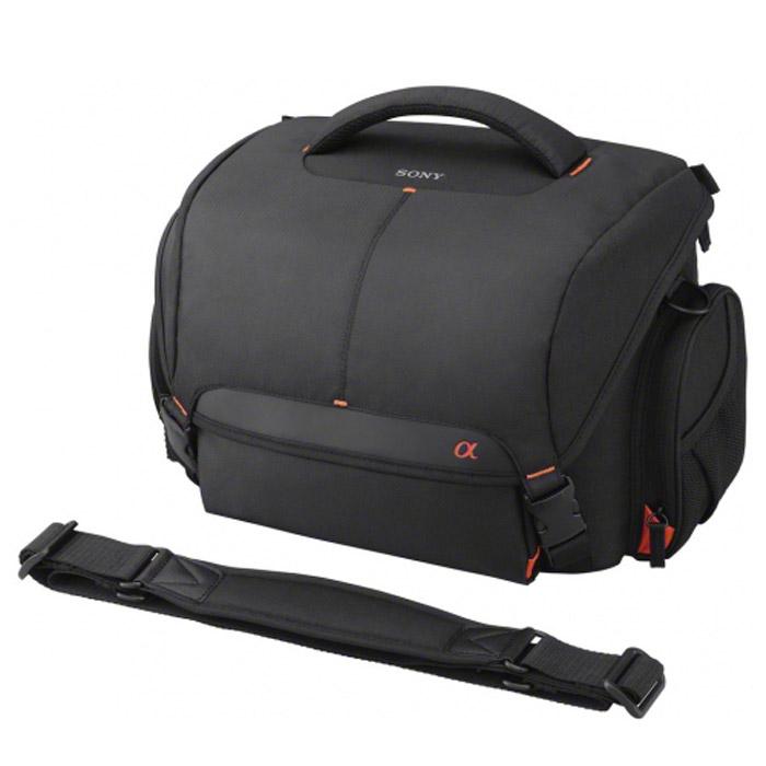 Sony LCS-SC21LCSSC21B.SYHВместительная сумка Sony LCS-SC21 для переноски фотокамеры с технологией полупрозрачного зеркала или цифровой зеркальной фотокамеры и дополнительных объективов.
