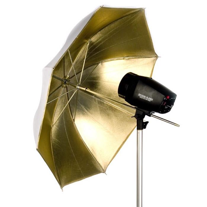 Falcon Eyes UR-48G, GoldUR-48GЗонт-отражатель Falcon Eyes UR-48. Если Вы хотите придать снимкам великолепный золотистый оттенок, например эффект загорелой кожи, или эффект захода солнца, рекомендуется приобрести отражающий зонт с золотым покрытием отражающей поверхности. Так же, отражающие фотозонты, в зависимости от покрытия, могут по-разному отразить свет вспышки: полностью, или частично. Это так же используется для придания Вашим фотоснимкам оригинального светотеневого рисунка.