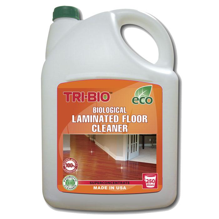 Биосредство для мытья ламинированных полов Tri-Bio, 4,4 л0066Биосредство Tri-Bio эффективно моет ламинированные полы, не оставляя разводов. Удаляет любые загрязнения. Защищает ламинированный пол от влаги. Ликвидирует неприятные запахи. Обладает освежающим эффектом. Ухаживает за ламинитом, продлевая срок службы. В отличие от стандартных химических продуктов легко проникает в швы, позволяет обеспечить более длительный контроль запаха и более глубокую чистку Особенности биосредства Tri-Bio для здоровья:Без фосфатов, без растворителей, без хлора отбеливающих веществ, без абразивных веществ, без отдушек, без красителей, без токсичных веществ, нейтральный pH, гипоаллергенно. Безопасная альтернатива химическим аналогам. Присвоен сертификат ECO GREEN. Рекомендуется для людей склонных к аллергическим реакциям и страдающих астмой.Особенности биосредства Tri-Bio для окружающей среды:низкий уровень ЛОС, легко биоразлагаемо, минимальное влияние на водные организмы, рециклируемые упаковочные материалы, не испытывалось на животных. Особо рекомендуется использовать в домах с автономной канализацией.Способ применения:Хорошо взболтайте средство. Разбавьте 2 колпачка (25 мл) на 5 л воды и вымойте этим раствором пол. Нет необходимости споласкивать водой. Характеристики:Объем:4,4 л. Производитель:США. Артикул:0066.