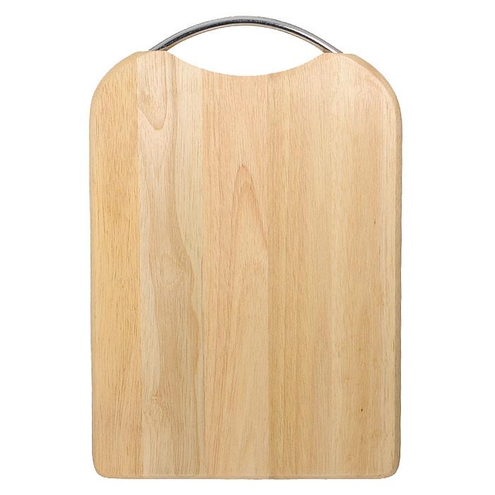 """Прямоугольная разделочная доска """"Oriental way"""" с металлической ручкой изготовлена из высококачественной древесины гевеи. Прекрасно подходит для приготовления и сервировки пищи.Особенности разделочной доски """"Oriental way"""":   высокое качество шлифовки поверхности изделий,   двухслойное покрытие пищевым лаком, безопасным для здоровья человека,   степень влажность 8-10%, не трескается и не рассыхается,   высокая плотность структуры древесины,   устойчива к механическим воздействиям,   не предназначена для мытья в посудомоечной машине. Характеристики: Материал: дерево, металл. Размер (без учета ручки): 34 см х 24 см х 2 см. Производитель: Тайланд. Артикул: 9/ 904. Торговая марка """"Oriental way"""" известна на рынке с 1996 года. Эта марка объединяет товары для кухни, изготовленные из дерева и других материалов. Все товары марки """"Oriental way"""" являются безопасными для здоровья, экологичными, прочными и долговечными в использовании."""