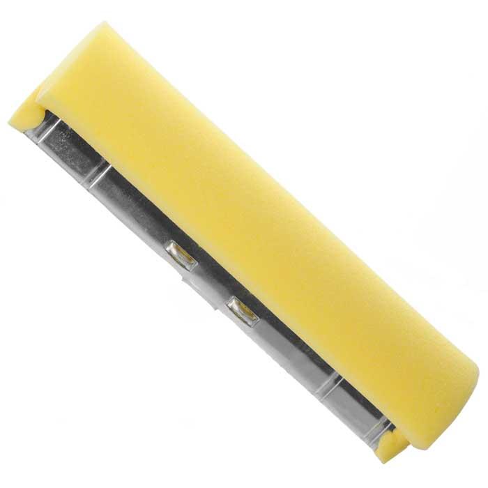 Губка сменная Libman Nitty Gritty для швабры. 0201302013Сменная насадка к швабре Nitty Gritty, изготовленная из полиэстера, обладает высокими износоустойчивыми и моющими качествами и позволяет легко и качественно мыть полы. Характеристики:Материал: пластмасса, полиэстер, металл. Размер губки: 28 см х 7,5 см х 6 см. Артикул: 02013.Компания Libman основана в 1896 году выходцем из Латвии Вильемом Либманом, задавшимся целью создавать высококачественные и долговечные изделия для уборки - веники, из сельскохозяйственных отходов и стеблей сорго. Унаследовавшие бизнес, сыновья Вильяма Либмана, не только сохранили компанию во время Великой депрессии, но укрепили и расширили ее. В 1980 году были введены новейшие технологии, позволившие компании стать одной из крупнейших в США по производству уборочного инвентаря.На сегодняшний день Libman - это компания с мировым именем, благодаря высокому качеству и разнообразию уборочного инвентаря, признана потребителями всего мира.УВАЖАЕМЫЕ КЛИЕНТЫ!Обращаем ваше внимание на тот факт, что швабра в комплект не входит.