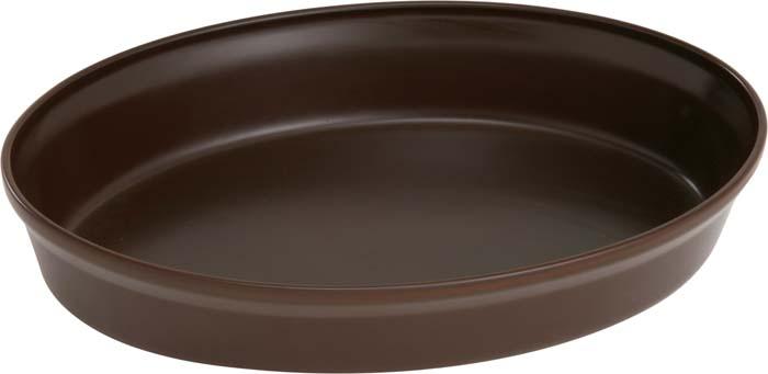 Форма для запекания Ceraflame, цвет: шоколад, 36 см х 25 смA4095Овальная форма Ceraflame, выполненная из высококачественной керамики, будет отличным выбором для всех любителей домашней выпечки. Благодаря уникальному свойству керамики долго сохранять тепло, форма идеальна не только для приготовления пищи, но и для сервировки. Ваши блюда будут долго оставаться горячими после того, как вы подадите их на стол. Емкость идеальна для запекания в духовке птицы и мяса, для приготовления лазаньи, запеканки и даже пирогов. Керамика, из которой выполнена форма, устойчива к резким перепадам температур, способна выдерживать очень высокие температуры, сохраняет аромат и полезные свойства. Форму можно использовать на открытом огне, на газовой или электрической печи, в микроволновой или конвекционной печи, в морозильной камере или посудомоечной машине.Форма покрыта уникальной гладкой эмалью, устойчивой к трещинам и царапинам. Непористая поверхность исключает образование бактерий, великолепно моется, и будет оставаться новой и блестящей даже после использования абразивных губок и чистящих средств.Форма выполнена из экологически чистых материалов, поэтому в процессе эксплуатации не выделяет вредных веществ. С формой Ceraflame вы всегда сможете порадовать своих близких оригинальной выпечкой. Характеристики: Материал: керамика. Цвет:шоколад. Размер формы: 36 см х 25 см х 6 см. Объем формы:2,5 л. Размер упаковки:27 см х 8 см х 38 см. Артикул:A4095.