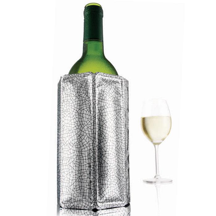 """Оригинальная охладительная рубашка для вина VacuVin """"Rapid Ice"""" представляет собой очень холодный мягкий футляр, позволяющий в среднем за 5 минут охладить бутылку вина емкостью 0,75 л от комнатной температуры до необходимой и поддерживать ее несколько часов.  Вы просто помещаете охладительную рубашку в морозилку, а когда вам требуется быстро охладить бутылку вина, вы ее достаете и одеваете на бутылку, и вино остается холодным в течение нескольких часов. Это свойство достигается благодаря нетоксичному гелю, содержащемуся внутри рубашки. Данное изделие может использоваться сотни раз и не трескается под воздействием низкой температуры. Характеристики:  Материал: ПВХ, гель. Высота охладительной рубашки: 17,5 см. Диаметр охладительной рубашки: 11 см. Размер упаковки: 20 см х 14,5 см х 3 см. Производитель: Нидерланды. Артикул: 3880360/38803606."""
