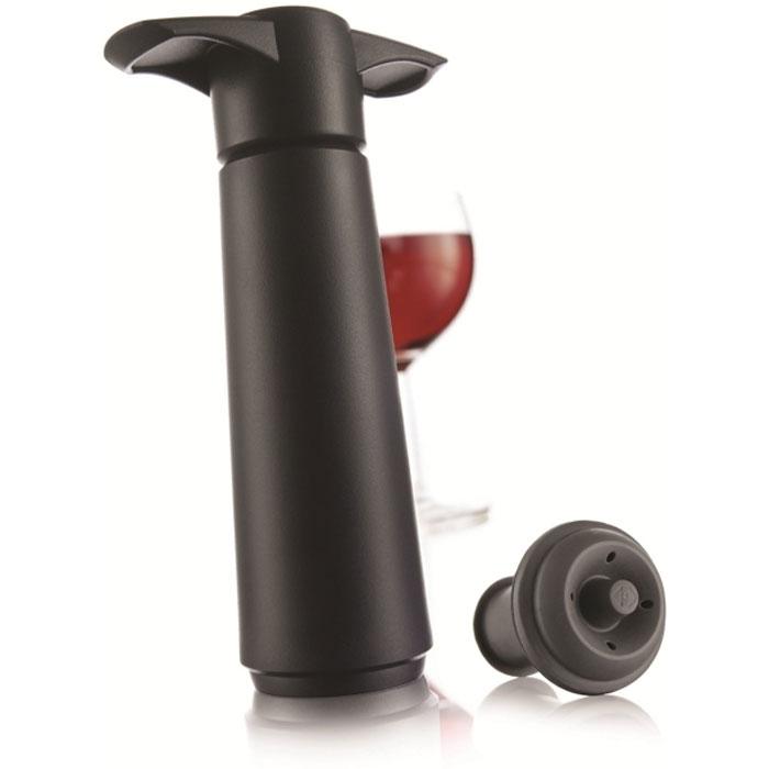 """Набор для вина """"VacuVin"""" состоит из вакуумного насоса """"Wine Saver"""" и двух пробок.  Вакуумный насос VacuVin """"Wine Saver"""" для сохранения вина представляет собой пластиковую помпу, которая извлекает воздух из открытой бутылки и закрывает ее резиновой пробкой многократного использования. Таким образом, без взаимодействия вина с воздухом, замедляется процесс окисления, так что вы можете наслаждаться вашим вином в течение длительного периода времени. Бутылка может быть открыта и вновь закрыта в любой момент, когда вам захочется. Имеется звуковой индикатор, позволяющий определить, когда в бутылке создана наиболее оптимальная степень вакуума. Такое приспособление просто необходимо в каждом доме.  Пробки, изготовленные из высококачественной резины, используются в комбинации с вакуумным насосом. Они замедляют окислительный процесс и подходят для многоразового использования.   Характеристики:  Материал: резина, пластик. Размер вакуумного насоса: 12,5 см х 7,5 см х 3,7 см. Длина пробки: 4,5 см. Диаметр пробки: 3,2 см. Размер упаковки: 22 см х 8,5 см х 4 см. Производитель: Нидерланды. Артикул: 0981460."""