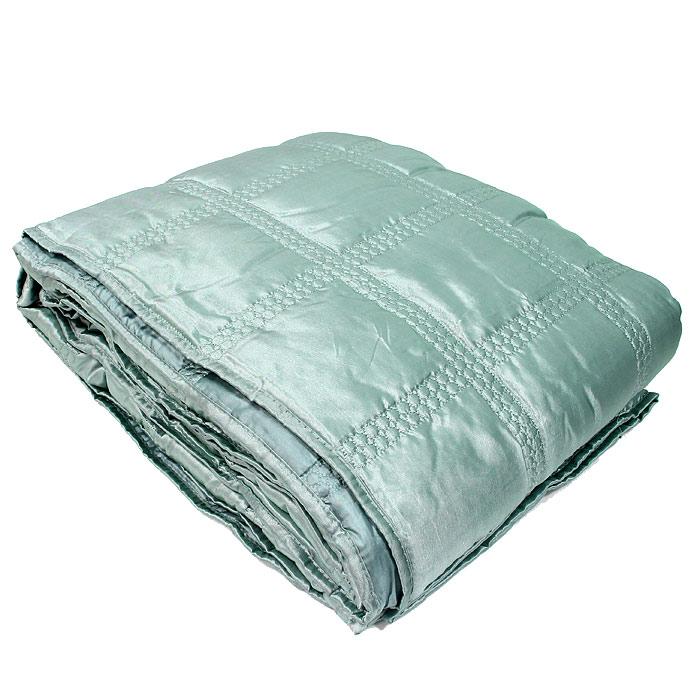 """Стеганое покрывало """"Коллекция"""" выполнено из полиэстера и оформлено фигурной стежкой.  Покрывало """"Коллекция"""" - это отличный способ придать спальне уют и привнести в интерьер что-то новое.  Покрывало вложено в пластиковую сумку. Характеристики:Материал: 100% полиэстер. Размер покрывала: 180 см х 220 см. Размер упаковки: 45 см х 37 см х 13 см. Производитель: Китай. Артикул: ПС-44бирюз."""