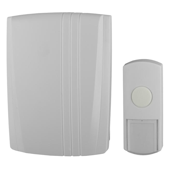 Звонок ЭРА D95 проводнойC0039624Электромеханическый звонок ЭРА D95 – это традиционное устройство связи и оповещения в жилых и общественных помещениях (квартире, коттедже, офисе, магазине). Надежность и простота конструкциипозволяют эксплуатировать их практически неограниченный период. Корпус звонков выполнен из АБС-пластика, что является гарантией сохранения презентабельного внешнего вида звонков на долгие годы. Компактный размер и лаконичный дизайн звонка позволят органично вписать их в интерьер Вашей прихожей.