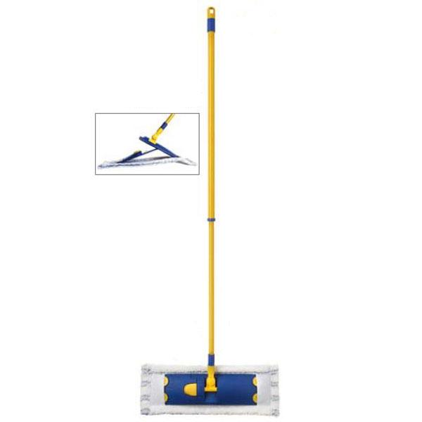 Швабра Flat Mop с телескопической ручкой10190-AШвабра Flat Mop с телескопической ручкой предназначена для уборки в доме. Плоская антибактериальная швабра из микрофибры имеет тройное очищающее действие.Микрофибра отделяет и удаляет въевшуюся грязь.Антибактериальная обработка для предотвращения размножения микробов.Нейлон и терилен, благодаря электростатическому действию, собирают пыль и волоски с любого покрытия.Швабра оснащена телескопической металлической ручкой, благодаря которой длина швабры регулируется, а также отверстием, с помощью которого ее можно повесить в удобное для вас место.Подошва швабры вращается. Оригинальная, современная, удобная швабра, которая подойдет к любому интерьеру, сделает уборку эффективнее и приятнее. Швабра идеально подходит для любого типа поверхностей, включая деревянный пол. Характеристики:Материал: пластик, металл, микрофибра. Максимальная длина ручки: 135 см. Минимальная длина ручки: 78 см. Размер насадки: 45 см х 16 см. Размер платформы швабры: 41 см х 11 см. Производитель: Италия.