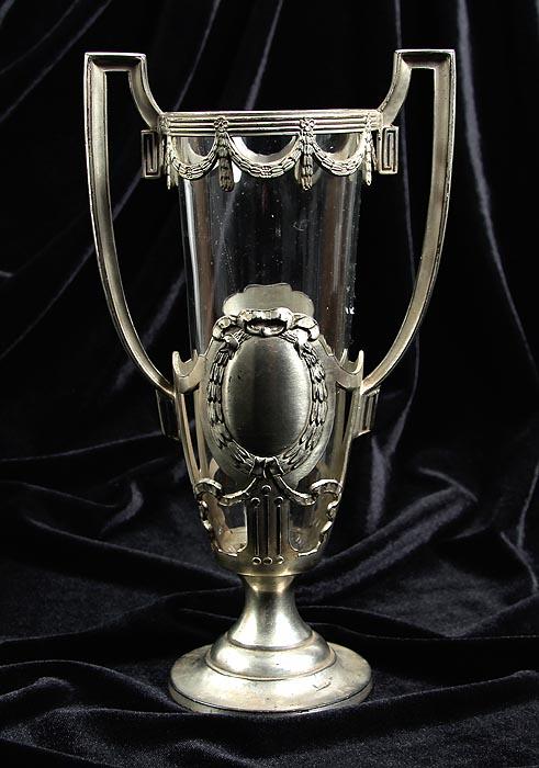 Ваза Триумфальная. Металл, серебрение, стекло. Германия, начало XX века