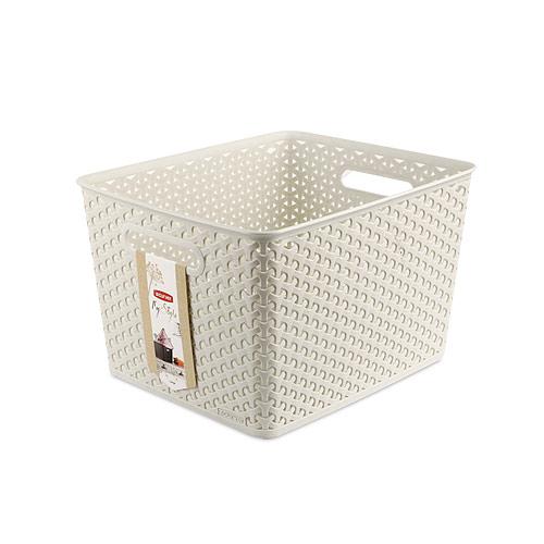 """Прямоугольная корзинка """"My Style"""", изготовленная из полимеров кремового цвета, предназначена для хранения мелочей в ванной, на кухне, на даче или в гараже. Позволяет хранить мелкие вещи, исключая возможность их потери. Легкая корзина имеет сплошное дно и """"плетеные стенки"""", на которых с двух сторон предусмотрены отверстия-ручки. Характеристики:   Материал: полимер. Цвет: кремовый. Объем: 18 л. Размер корзины (Д х Ш х В): 36 см х 29 см х 22 см. Артикул: 03612-885."""