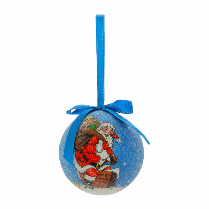 Набор подвесных новогодних украшений Шары, цвет: синий, 6 шт. Ф21-2144Ф21-2144Набор подвесных украшений Шары украсит новогоднюю елку и создаст теплую и уютную атмосферу праздника. В набор входят 6 шаров, выполненных из пластика синего цвета и оформленных изображением Санта Клауса. Шарики упакованы в пластиковую коробку.Елочная игрушка - символ Нового года. Она несет в себе волшебство и красоту праздника. Создайте в своем доме атмосферу веселья и радости, украшаявсей семьейновогоднюю елку нарядными игрушками, которые будут из года в год накапливать теплоту воспоминаний. Характеристики:Материал:пластик, текстиль.Диаметр шара:7,5 см.Размер упаковки:22,5 см х 7 см х 15 см.Изготовитель:Китай.Артикул:Ф21-2144.