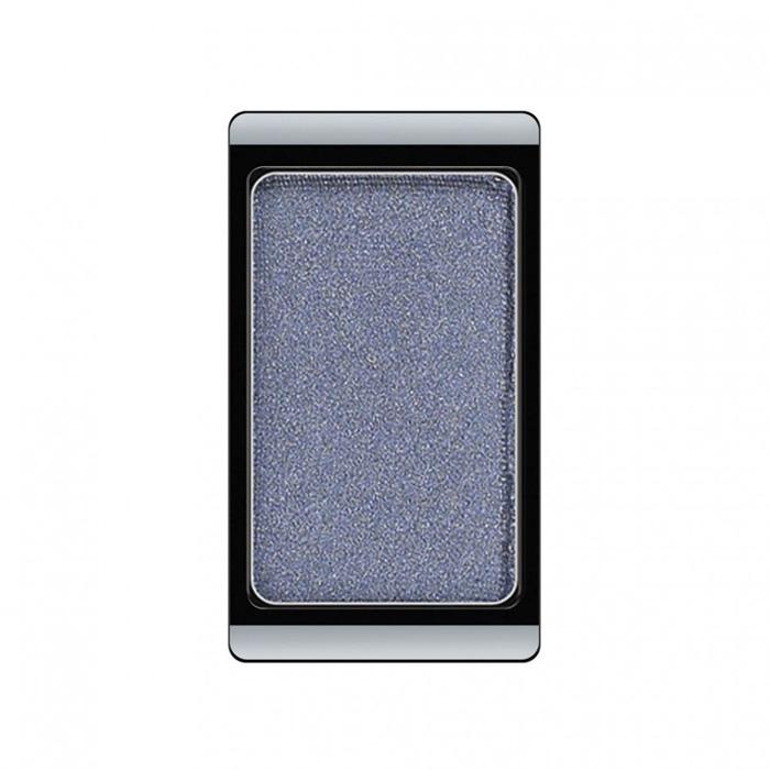 Artdeco Тени для век, перламутровые, 1 цвет, тон №72, 0,8 г30.72Перламутровые тени для век Artdeco придадут вашему взгляду выразительную глубину. Их отличает высокая стойкость и невероятно легкое нанесение. Это профессиональный продукт для несравненного результата! Упаковка на магнитах позволяет комбинировать тени по вашему выбору в элегантные коробочки. Тени Artdeco дарят возможность почувствовать себя своим собственным художником по макияжу!Характеристики:Вес: 0,8 г. Тон: №72. Производитель: Германия. Артикул: 30.72. Товар сертифицирован.
