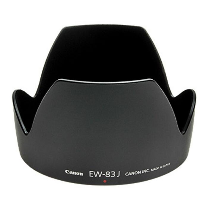 Dicom EW-83J бленда для CanonDicom EW-83JБленда для объектива Canon EF-S 17-55mm F/2.8 IS USM Dicom EW-83J предназначена для защиты объектива от внешних воздействий, препятствующих съёмке, снятия бликов. Бленда способствует улучшению качества кадров и снижает потерю контрастности.