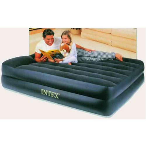Кровать надувная Intex Comfort, с насосом, 203 см х 152 см44007_YВысокая двуспальная надувная кровать со встроенным подголовником Intex Comfort обладает наивысшей степенью комфорта для сна. Каждая из двух камер этой кровати имеет свою функцию: нижняя камера играет роль основы - как обычная кровать, а верхняя несет в себе функцию матраса.Кровать изготовлена из высококачественного винила. Флокированный верхний слой (напоминающий велюр) не дает простыне соскальзывать во время сна.Эксклюзивная внутренняя конструкция перегородок, обеспечивает повышенный комфорт и удобство использования.Встроенный электрический насос, работающий от сети 220В, позволяет надуть кровать всего за 3 минуты. Эта необычайно удобная надувная кровать поможет вам полноценно отдохнуть. В комплект с кроватью входит сумка для хранения и переноски. Гарантия производителя: 30 дней. Характеристики: Размер кровати: 203 см х 152 см х 47 см. Размер упаковки: 46 см х 36,5 см х 12,5 см. Артикул:66702.