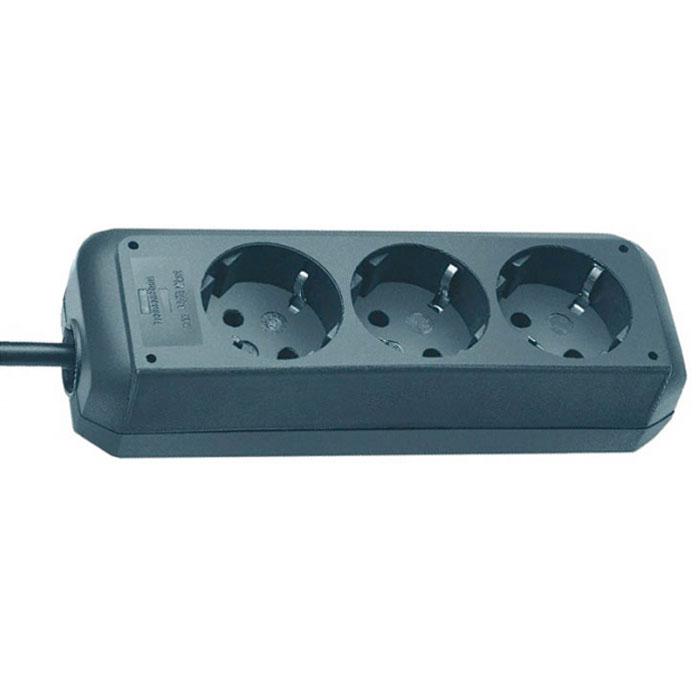 Удлинитель Eco-Line универсальный, 3 гнезда, 1,5 м, цвет: черный1158620015Универсальный удлинитель Eco-Line с выключателем и стандартным расширительным гнездом. Удобно расположенные розетки позволяют подключать угловые вилки. Так же предусмотрена защита от детей.