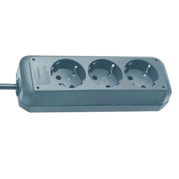 Удлинитель Eco-Line универсальный, 3 гнезда, 1,5 м, цвет: металик1158630015Универсальный удлинитель Eco-Line с выключателем и стандартным расширительным гнездом. Удобно расположенные розетки позволяют подключать угловые вилки. Так же предусмотрена защита от детей.