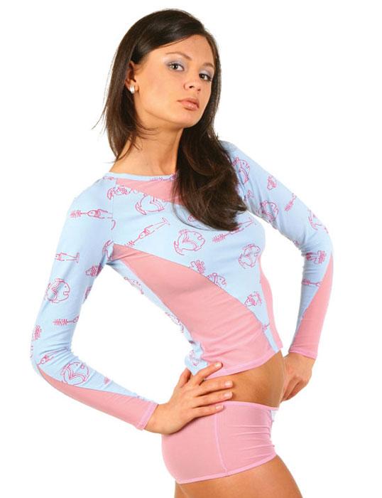 Футболка женская Lowry, цвет: голубой, розовый. LF1-150А. Размер XS (40/42)LF1-150АЖенская футболка Lowry выполнена из хлопка с добавлением эластана. Модель с длинными рукавами-реглан и круглым вырезом горловины не сковывает движения и придает элегантность вашему образу. Спереди футболка дополнена вставками из сетчатого материала и оформлена принтом в виде изображения рыб. Такая замечательная футболка станет как отличным украшением гардероба, так и восхитительным подарком. В ней вы всегда будет в центре внимания!