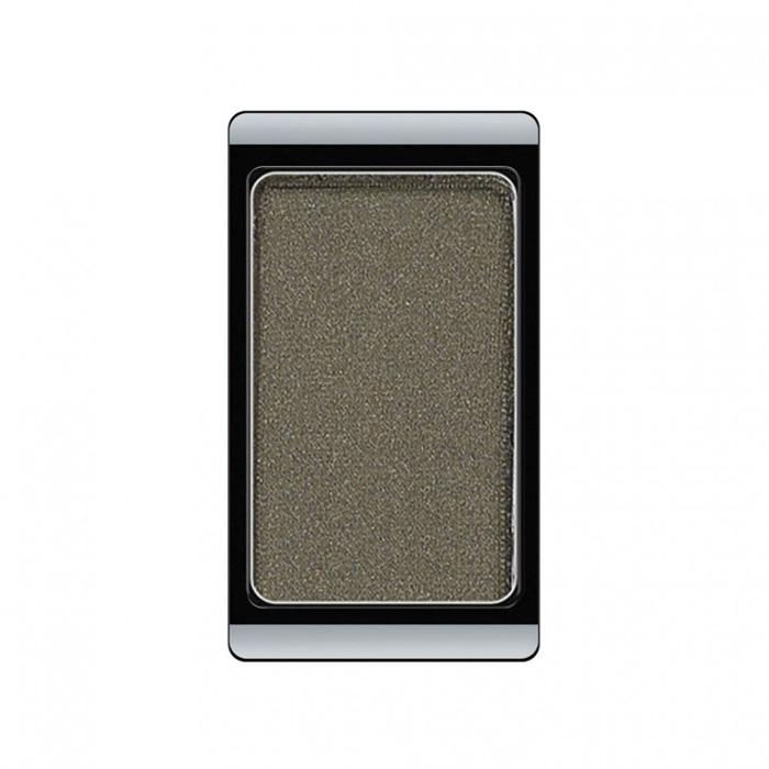 Artdeco Тени для век, перламутровые, 1 цвет, тон №48, 0,8 г30.48Перламутровые тени для век Artdeco придадут вашему взгляду выразительную глубину. Их отличает высокая стойкость и невероятно легкое нанесение. Это профессиональный продукт для несравненного результата! Упаковка на магнитах позволяет комбинировать тени по вашему выбору в элегантные коробочки. Тени Artdeco дарят возможность почувствовать себя своим собственным художником по макияжу!Характеристики:Вес: 0,8 г. Тон: №48. Производитель: Германия. Артикул: 30.48. Товар сертифицирован.