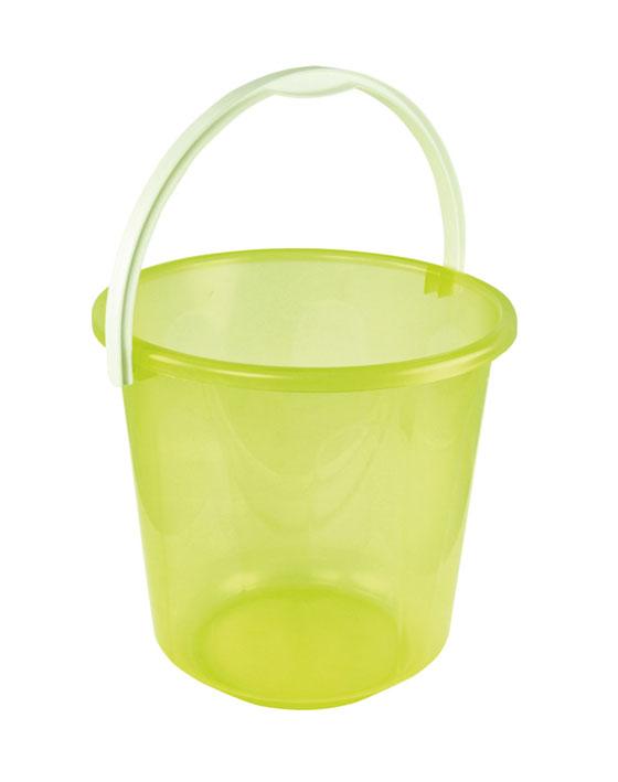 Ведро Хозяюшка, цвет: желтый, 7 л. М1205М1205Маленькое ведро Хозяюшка изготовлено из пластмассы. Предназначено специально для начинающего садовода. В нем можно принести воды или использовать его для переноски земли. Диаметр ведра: 24 см. Высота ведра: 23 см.