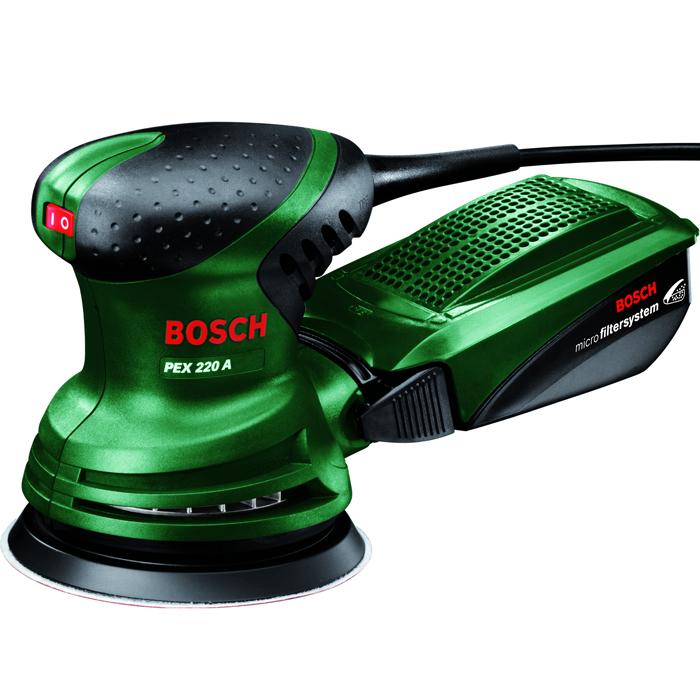 Шлифмашина Bosch PEX 220 A (0603378020)0603378020Bosch PEX220A — это мощная эксцентриковая шлифмашина, которая выгодно отличается высокой производительностью съема. Наряду с этим она настолько практична, что подходит даже для сложных шлифовальных и полировальных работ, например в труднодоступных местах или для рельефных поверхностей. PEX220A гарантирует высокую производительность шлифования и превосходные результаты как при деликатном шлифовании, так и в ходе полирования. Кроме того, PEX220A оснащена системой микрофильтрации, разработанной Bosch. Встроенный элемент для всасывания пыли удаляет пыль непосредственно с заготовки, направляя ее во входящий в комплект пылесборник системы микрофильтрации. Преимущество: возможность проведения шлифовальных работ даже в меблированных помещениях.Эксцентриковая шлифмашина Bosch PEX220A оснащена мощным двигателем на 220Вт. Благодаря размерам 347 x 70 x 220мм (Д x Ш x В) и весу 1,4кг эта машина имеет компактное исполнение и поэтому очень легка в обращении. Здесь же стоит отметить и эргономичную рукоятку с мягкой накладкой. Замена шлифлиста благодаря креплению на липучке выполняется легко и быстро. Машина от Bosch оснащена опорной тарелкой диаметром 125мм, что позволяет пользователю эффективно обрабатывать даже большие поверхности и твердые материалы. Частота колебаний PEX220A составляет 24000об/мин, ход эксцентрика — 1,25мм.В комплект для PEX220A входят система микрофильтрации Bosch, резиновая опорная тарелка, а также шлифлист (Red Wood). Дополнительно пользователю предлагается широкий ассортимент оснастки, например, различные шлифлисты для обработки тех или иных материалов, например, для ЛКП, заполнителя, лака, древесины, металла или удаления ржавчины. Кроме того, в продаже имеются полировальные губки для зеркального полирования, а также полировальный войлок для предварительного полирования сильно загрязненных или поцарапанных поверхностей. Для финишной обработки поверхностей после полирования домашний мастер может использовать ш
