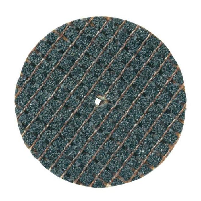 Круг отрезной 32 мм Dremel 426 круг отрезной 32 мм (2615042632) 5 шт.2615042632Отрезные круги Dremel 426 использутся для резки деталей из металла, древесины и пластмассы. Отрезными кругами удобно отрезать болты, винты, резать листовой металл, тонкую древесину и пластмассу, а также прорезать в них канавки. Отрезные круги 426, армированные стекловолокном, предназначены для самых тяжелых видов работ. Отрезной круг режет только своим краем. Не пытайтесь ими шлифовать или вырезать фигурные отверстия. Отрезные круги Dremel используются с держателем 402.