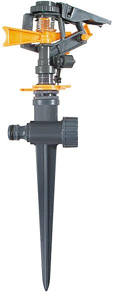 Распылитель импульсный на пике FIT, цвет: серый, оранжевый. 7768577685Распылитель импульсный FIT предназначен для стационарного полива насаждений на садовом и дачном участке площадью до 315 м2. С помощью распылителя происходит равномерное распределение влаги в заданном секторе, устанавливаемом поворотом головки на угол в пределах от 0 до 360°. Соединительные гнезда позволяют создавать последовательную цепочку из распылителей для орошения большей площади. Благодаря специальной пике происходит надежное крепление устройства на поверхности почвы. Приспособление выполнено из ударопрочного пластика, имеет длительный период эксплуатации.Радиус распыления зависит от давления воды и от настройки верхней планки.Максимальный диаметр распыления: 20 метров. Тип работы: импульсный. Применяется для орошения почвы. Присоединяется к шлангу при помощи универсального соединителя (диаметр 1,5 см). Совместим со всеми элементами аналогичной поливочной системы. Регулировка поворота головки от 0° до 360° позволяет орошать заданный участок. Два соединительных гнезда обеспечивают его использование в цепи из нескольких распылителей. Характеристики: Материал: пластик. Размеры коронки: 30 см x 12 см x 5 см. Размер упаковки: 37 см x 12 см x 5 см.