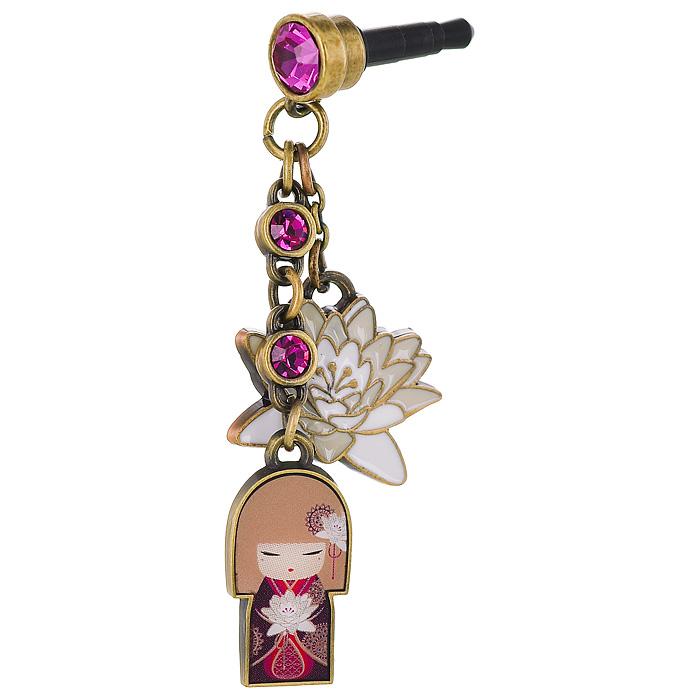 Брелок для мобильного телефона Kimmidoll Сатоко (Искренность). KF0785KF0785Брелок для мобильного телефона Сатоко (Искренность) выполнен из металла и декорирован подвесками в виде лилии и японской куколки в бордовом кимоно, а также инкрустирован стразами. Брелок вставляется в разъем для наушников и защищает телефон от попадания внутрь воды или пыли.Привет, меня зовут Сатоко! Я талисман искренности. Мой дух непритворный и искренний. Всегда оставаясь верным своим чувствам и честным в своих поступках, вы отражаете свое Я. Желаю вам всегда жить непритворной и полной жизнью, раскрывая мой искренний дух. Характеристики:Материал: металл, пластик, стразы. Длина брелока: 6 см.Размер упаковки: 6 см х 9 см х 3 см.Артикул: KF0785.