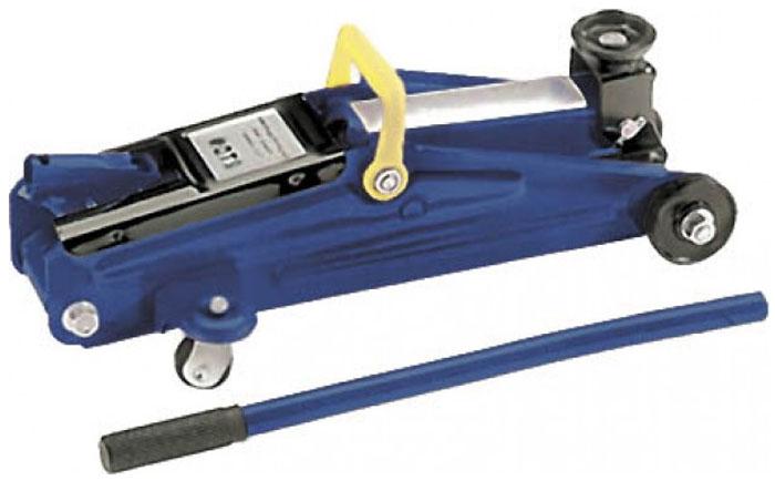 Домкрат подкатной FIT 64486, в кейсе, 2 т64486Классический подкатной домкрат FIT поставляется в комплекте с держателем длярукоятки, а также кейсом для удобного хранения. Усиленная металлическая конструкция позволяет без особых усилий поднять автомобиль для осуществления ремонтных работ. Характеристики:Грузоподъемность: до 2 тонн. Максимальная высота подъема: 350 мм. Материал: металл. Размер упаковки: 47 см х 14 см х 23 см.