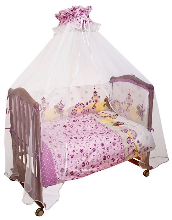 """Комплект в кроватку """"Золушка"""" прекрасно подойдет для кроватки вашего малыша, добавит комнате уюта и согреет в прохладные дни. В качестве материала верха использован натуральный хлопок, мягкая ткань не раздражает чувствительную и нежную кожу ребенка и хорошо вентилируется. Наполнение одеяла, подушки и бампера из холлкона - экологически безопасного гипоаллергенного синтетического материала, обладающего высокими теплозащитными свойствами. Элементы комплекта оформлены изображениями замка, рыцаря и прекрасной принцессы.  Комплект состоит из: бампера со съемными чехлами,  балдахина с сеткой,  подушки,  одеяла,  пододеяльника,  наволочки,  простыни.   Характеристики:Материал: бязь, 100% хлопок. Наполнитель бампера, одеяла и подушки: холлкон. Материал сетки балдахина: 100% полиэстер. Размер одеяла: 140 см х 110 см. Размер бампера: 360 см х 42 см. Размер балдахина: 450 см х 175 см. Размер подушки: 60 см х 40 см. Размер пододеяльника: 144 см х 108 см. Размер наволочки: 60 см х 40 см. Размер простыни: 140 см х 100 см."""