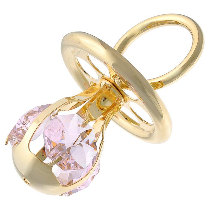 Фигурка декоративная Соска, цвет: розовый, золотистый. 445459445459Декоративная фигурка Соска, выполненная из металла золотистого цвета, станет необычным аксессуаром для вашего интерьера и создаст незабываемую атмосферу. Фигурка выполнена в виде соски и инкрустирована тремя розовыми кристаллами. Кристаллы, украшающие фигурку, носят громкое имяSwarovski. Ограненные, как бриллианты, кристаллы блистают сотнями тысяч различных оттенков.Эта очаровательная вещь послужит отличным подарком близкому человеку, родственнику или другу, а также подарит приятные мгновения и окунет вас в лучшие воспоминания.Фигурка упакована в подарочную коробку. Характеристики:Материал: метал, стекло. Размер фигурки: 6 см х 3,5 см х 3,5 см. Цвет: розовый, золотистый. Размер упаковки: 5 см х 4 см х 8,5 см. Артикул: 445459.