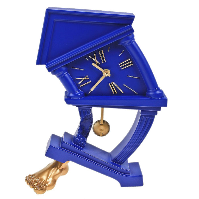 Часы настольные На ноге, цвет: синий. 539539Оригинальные настольные часы На ноге - интерьерный арт-объект, выполненный вручную итальянскими мастерами из экологически чистого материала - мраморной крошки. Часы с маятником, опирающиеся на золотую ногу, - необычное дизайнерское решение и стильное украшение интерьера. Этот аксессуар не только оформит интерьер, но и послужит функционально. Оформите совой дом таким интерьерным шедевром или преподнесите его в качестве презента друзьям, и они оценят ваш оригинальный вкус и неординарность подарка. Характеристики:Материал: мраморная крошка.Размер: 26 см x 9 см x 33 см. Цвет: синий.Артикул: 539.