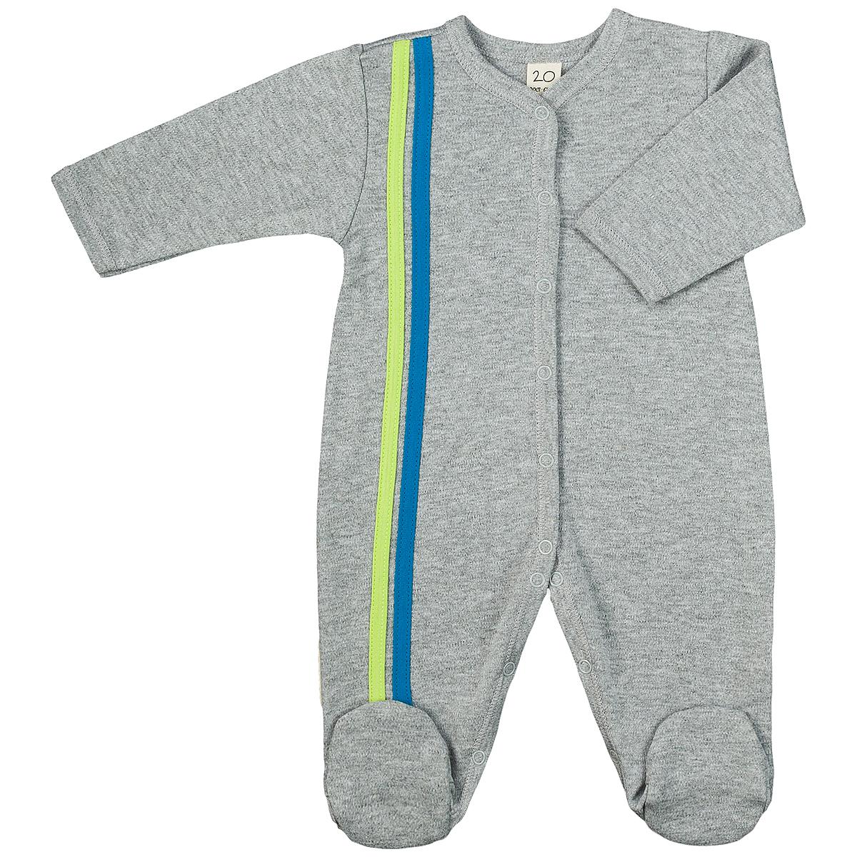 Комбинезон детский Lucky Child, цвет: серый, голубой. 1-1. Размер 68/741-1Детский комбинезон Lucky Child - очень удобный и практичный вид одежды для малышей. Комбинезон выполнен из интерлока - натурального хлопка, благодаря чему он необычайно мягкий и приятный на ощупь, не раздражают нежную кожу ребенка и хорошо вентилируются, а эластичные швы приятны телу малыша и не препятствуют его движениям. Комбинезон с длинными рукавами и закрытыми ножками имеет застежки-кнопки от горловины до щиколоток, которые помогают легко переодеть младенца или сменить подгузник. Отделкой служат лампасы контрастного цвета по боковому шву. С детским комбинезоном Lucky Child спинка и ножки вашего малыша всегда будут в тепле, он идеален для использования днем и незаменим ночью. Комбинезон полностью соответствует особенностям жизни младенца в ранний период, не стесняя и не ограничивая его в движениях!