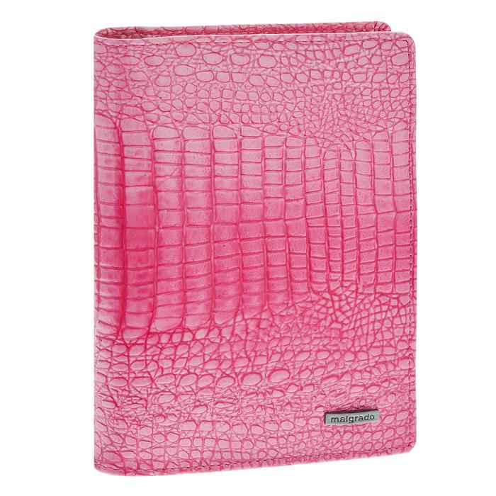 Обложка для паспорта Malgrado, цвет: розовый. 54019-1-0141454019-1-01414Стильная обложка для паспорта Malgrado изготовлена из натуральной кожи розового цвета с декоративным тиснением. Внутри содержит прозрачное пластиковое окно, съемный прозрачный вкладыш для полного комплекта автодокументов, пять отделений для кредитных и дисконтных карт. Обложка упакована в подарочную картонную коробку с логотипом фирмы. Такая обложка станет замечательным подарком человеку, ценящему качественные и практичные вещи. Характеристики:Материал: натуральная кожа, пластик. Размер обложки: 13,5 см х 9,5 см х 1,5 см. Цвет: розовый.Размер упаковки:15,5 см х 11,5 см х 3,5 см. Артикул: 54019-1-01414.
