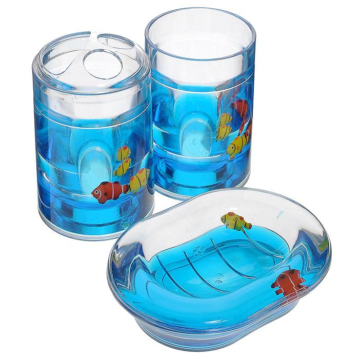 Набор гелевых аксессуаров для ванной комнаты Рыбки, цвет: синий, 3 предмета000-31Набор аксессуаров для ванной комнаты Рыбки состоит из стакана, мыльницы и стакана для зубных щеток. Предметы набора выполнены из прозрачного пластика. Внутри - гелевый наполнитель синего цвета с разноцветными рыбками. Набор Рыбки создаст особую атмосферу уюта и максимального комфорта в ванной. Характеристики:Материал: пластик, акрил, гелевый наполнитель. Цвет: синий. Размер мыльницы: 13,5 см х 10 см х 3 см. Диаметр стакана для зубных щеток (по верхнему краю): 7 см. Высота стакана для зубных щеток: 12,5 см. Диаметр стакана по верхнему краю: 7 см. Высота стакана: 10,5 см. Производитель: Швеция. Изготовитель: Китай. Размер упаковки: 23 см х 8 см х 14 см. Артикул: 000-31.