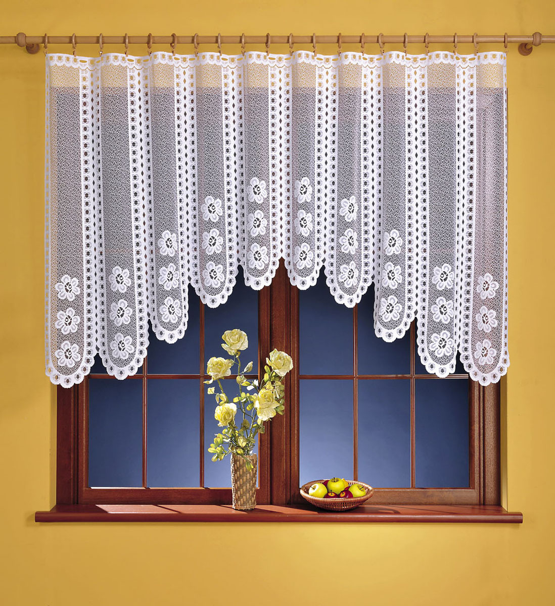 Гардина Kasia, цвет: белый, высота 120 см676187Гардина Kasia, изготовленная из полиэстера белого цвета, станет великолепным украшением любого окна. Тонкое плетение, оригинальный дизайн и красивый цветочный узор привлекут к себе внимание и органично впишутся в интерьер комнаты. Верхняя часть гардины не оснащена креплениями. Характеристики:Материал: 100% полиэстер. Цвет: белый. Размер упаковки:27 см х 34 см х 3 см. Артикул: 676187.В комплект входит:Гардина - 1 шт. Размер (Ш х В): 230 см х 120 см. Фирма Wisan на польском рынке существует уже более пятидесяти лет и является одной из лучших польских фабрик по производству штор и тканей. Ассортимент фирмы представлен готовыми комплектами штор для гостиной, детской, кухни, а также текстилем для кухни (скатерти, салфетки, дорожки, кухонные занавески). Модельный ряд отличает оригинальный дизайн, высокое качество. Ассортимент продукции постоянно пополняется.