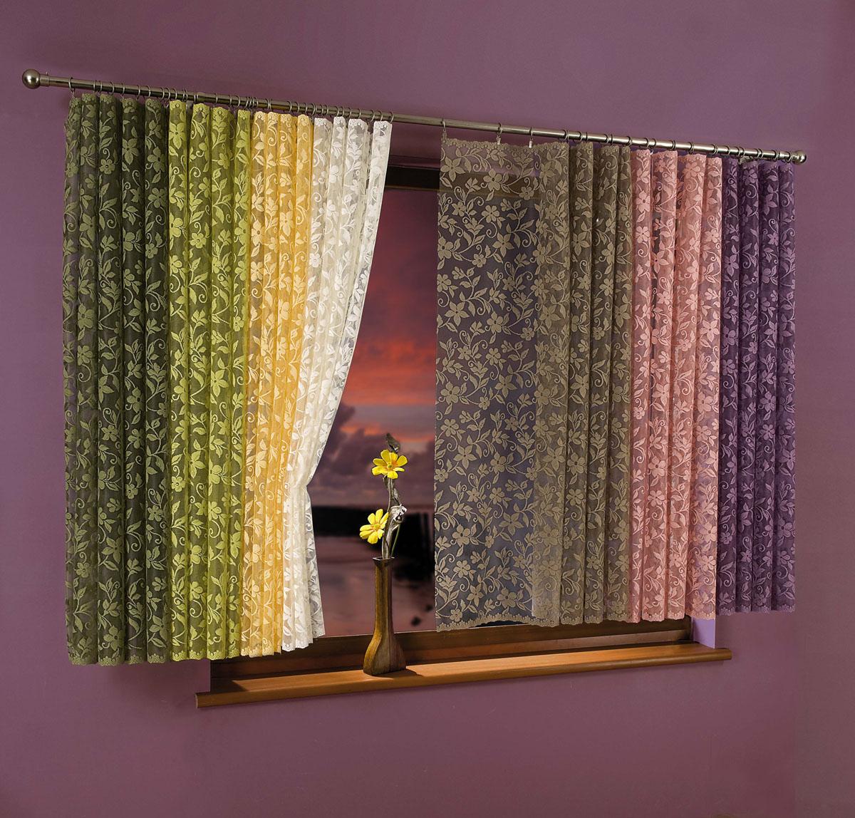 Гардина-тюль Kwiat Jabloni, на ленте, цвет: кремовый, высота 250 см734795Воздушная гардина-тюль Kwiat Jabloni, изготовленная из полиэстера кремового цвета, станет великолепным украшением любого окна. Тонкое плетение, оригинальный дизайн и приятная цветовая гамма привлекут к себе внимание и органично впишутся в интерьер комнаты. В гардину-тюль вшита шторная лента. Характеристики:Материал: 100% полиэстер. Цвет: кремовый. Размер упаковки:26 см х 34 см х 3 см. Артикул: 734795.В комплект входит:Гардина-тюль - 1 шт. Размер (Ш х В): 150 см х 250 см. Фирма Wisan на польском рынке существует уже более пятидесяти лет и является одной из лучших польских фабрик по производству штор и тканей. Ассортимент фирмы представлен готовыми комплектами штор для гостиной, детской, кухни, а также текстилем для кухни (скатерти, салфетки, дорожки, кухонные занавески). Модельный ряд отличает оригинальный дизайн, высокое качество. Ассортимент продукции постоянно пополняется.УВАЖАЕМЫЕ КЛИЕНТЫ!Обращаем ваше внимание на цвет изделия. Цветовой вариант гардины-тюли, данной в интерьере, служит для визуального восприятия товара. Цветовая гамма данной гардины-тюли представлена на отдельном изображении фрагментом ткани.