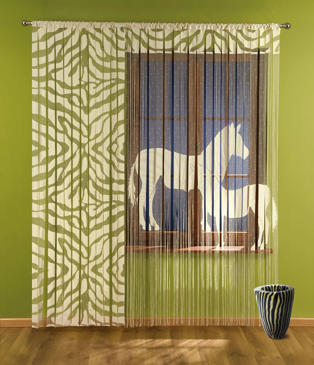 Гардина-лапша Zebra, на кулиске, цвет: бежевый, высота 240 см735709Гардина-лапша Zebra, изготовленная из полиэстера бежевого цвета, станет великолепным украшением окна, дверного проема и прекрасно послужит для разграничения пространства. Гардина имеет необычный оригинальный дизайн с принтом в виде полосок зебры, правая часть гардины оформлена мелкой бахромой. Гардина-лапша оснащена кулиской для крепления на круглый карниз. Характеристики:Материал: 100% полиэстер. Цвет: бежевый. Высота кулиски: 6,5 см. Размер упаковки:29 см х 35 см х 4 см. Артикул: 735709. В комплект входит: Гардина-лапша - 1 шт. Размер (ШхВ): 150 см х 240 см. Гардина-лапша - 1 шт. Размер (ШхВ): 90 см х 240 см. Фирма Wisan на польском рынке существует уже более пятидесяти лет и является одной из лучших польских фабрик по производству штор и тканей. Ассортимент фирмы представлен готовыми комплектами штор для гостиной, детской, кухни, а также текстилем для кухни (скатерти, салфетки, дорожки, кухонные занавески). Модельный ряд отличает оригинальный дизайн, высокое качество. Ассортимент продукции постоянно пополняется.
