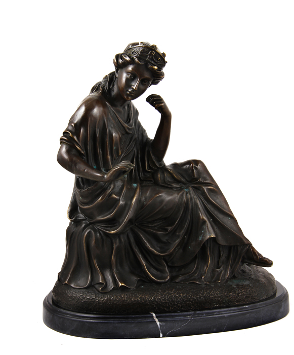 Статуэтка Задумавшаяся девушка. Бронза, 1980 год статуэтка русские подарки мисс рандеву 11 х 10 х 31 см