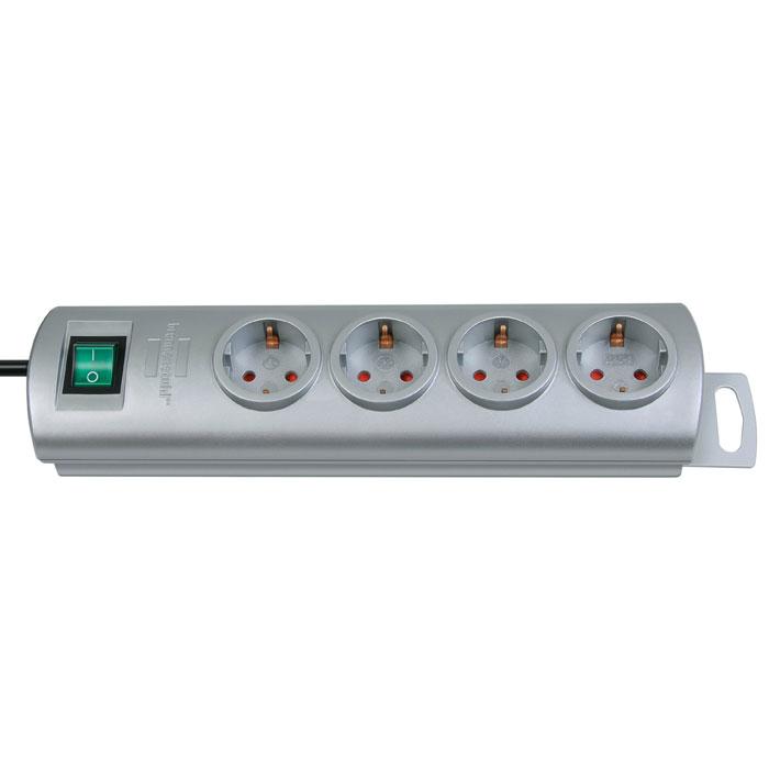 Brennenstuhl Primera-Line удлинитель на 4 розетки, Silver1153390124Удлинитель на 4 розетки Brennenstuhl Primera-Line с возможностью выводить кабель с разных сторон устройства.Кабельный зажим для хранения излишков кабеляУдобное расстояние между розеткамиВозможность настенного монтажаРозетки защищены от детейДвухполюсный выключательТип кабеля: H05VV-F 3G1,5