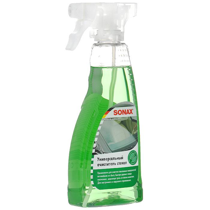 Универсальный очиститель стекол Sonax, 500 мл338241Универсальный очиститель стекол Sonax - средство для очистки внутренней и наружной поверхности стекол, фар и зеркал. Быстро удаляет следы насекомых, дорожную грязь и остатки никотина. Рекомендуется применять перед мойкой автомобиля. Очиститель со свежим лимонным ароматом. Характеристики: Объем: 500 мл. Артикул: 338241. Товар сертифицирован.