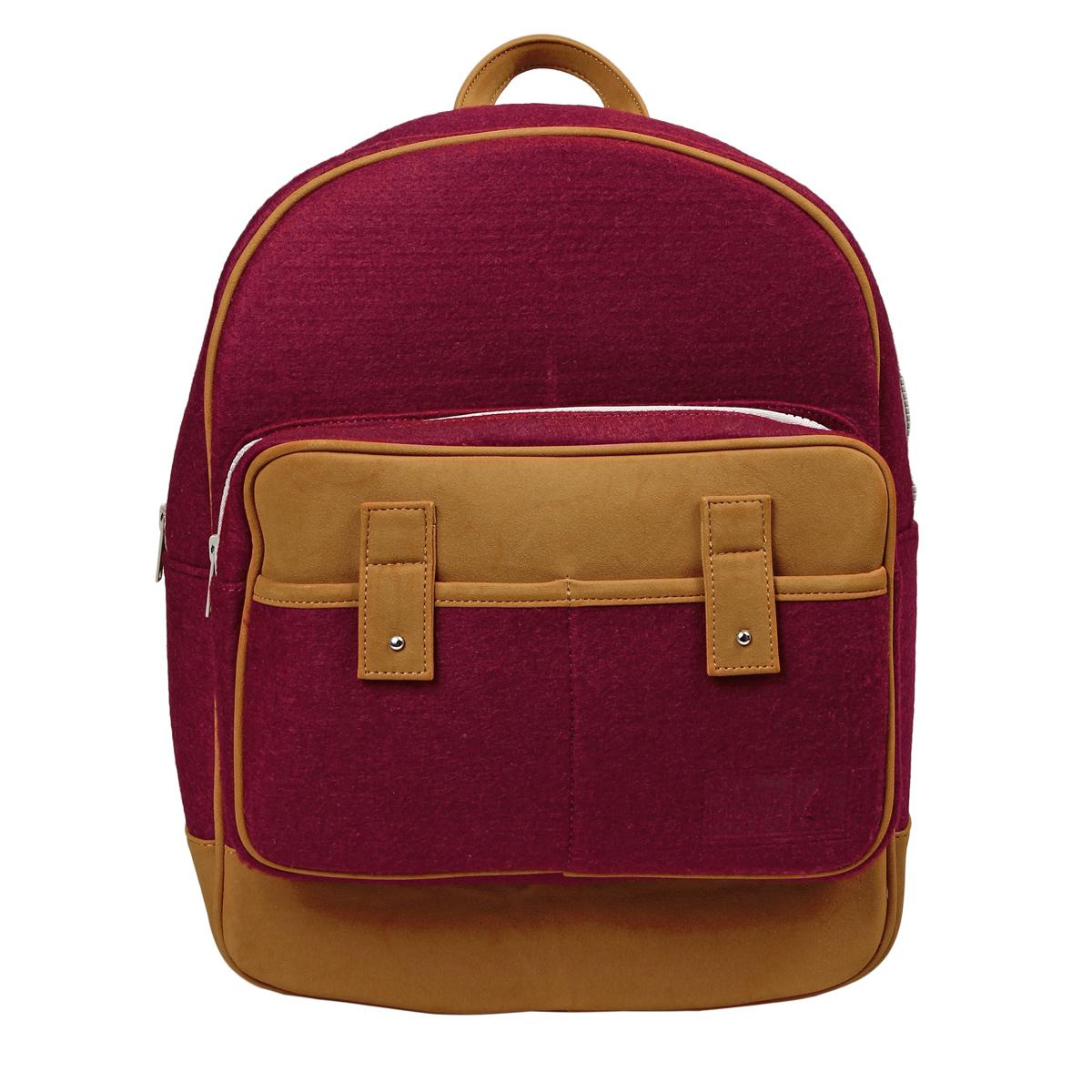 Рюкзак MRKT, цвет: темно-бордовый. 222352222352Рюкзак MRKT станет эффектным акцентом в вашем образе и превосходно подчеркнет неповторимый стиль. Модель выполнена из фетра - натуральной, высококачественной шерсти, мягкой и приятной на ощупь. Рюкзак состоит из одного вместительного отделения, закрывающегося на застежку-молнию. Внутри - вшитый карман на молнии и накладной карман, закрывающийся при помощи хлястика. На внешней стороне расположен объемный накладной карман на молнии и два кармашка для мелочей. Рюкзак оснащен двумя регулирующимися лямками. Простота, лаконичность и функциональность выделяют эту модель из ряда подобных. Характеристики:Материал: фетр, металл, искусственная кожа. Размер рюкзака: 30 см х 41 см х 12 см.Цвет: темно-бордовый. Артикул: 222352.