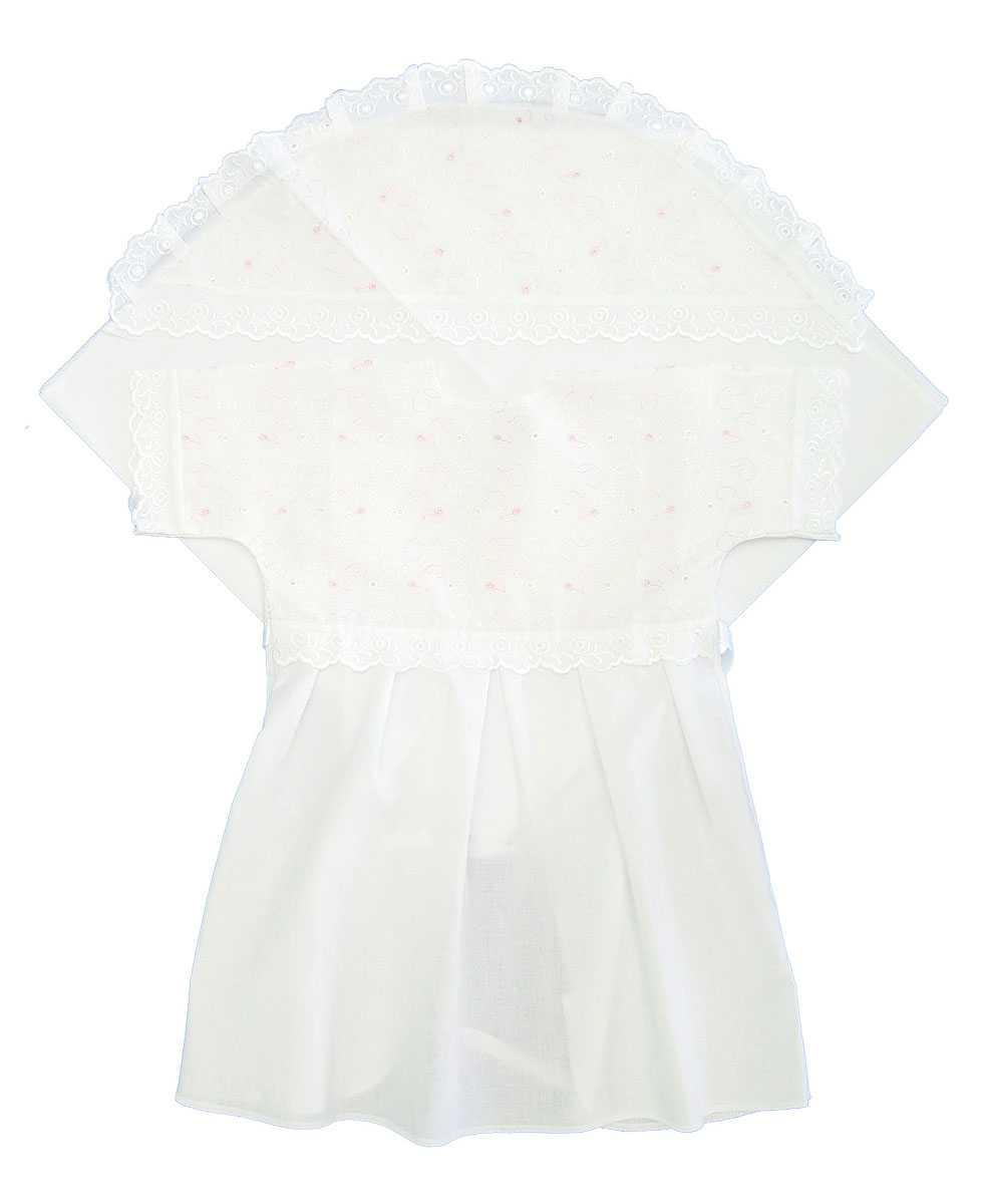 Комплект для крещения детский Трон-плюс: рубашка, пеленка, цвет: белый, розовый. 1402. Размер 68, 6 месяцев1402Великолепный комплект для крещения Трон-плюс состоит из рубашки и пеленки с капюшоном. Изготовленный из натурального хлопка, он необычайно мягкий и приятный на ощупь, не сковывает движения младенца и позволяет коже дышать, не раздражает нежную кожу ребенка, обеспечивая ему наибольший комфорт. Рубашечка с запахом сзади и цельнокроенными рукавами имеет полочку на кокетке, отделанную средним шитьем. От линии талии заложены складки. Полочка и край рукавов оформлены ажурными рюшами. Спереди рубашка украшена вышивкой. Завязывается рубашка с помощью атласного пояска.Уголок с капюшоном позволяет полностью завернуть малыша после купания. Капюшон украшен ажурными рюшами и вышивкой.Такой комплект станет незаменимым для обряда Крещения и поможет сделать его запоминающимся.