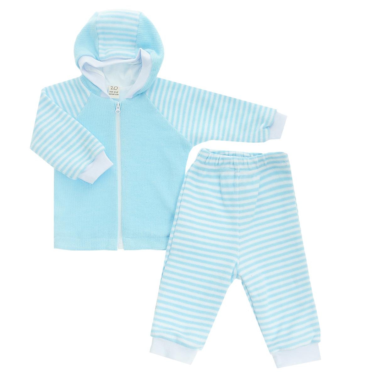 Комплект детский Lucky Child: кофта, брюки, цвет: голубой, белая полоска. 4-15. Размер 68/744-15Детский вязаный комплект Lucky Child, состоящий из кофты и брюк - очень удобный и практичный. Комплект выполнен из натурального хлопка, на подкладке также используется натуральный хлопок, благодаря чему он необычайно мягкий и приятный на ощупь, не раздражают нежную кожу ребенка и хорошо вентилируются, а эластичные швы приятны телу малыша и не препятствуют его движениям. Кофта с капюшоном и длинными рукавами-реглан застегивается на пластиковую застежку-молнию. Рукава понизу дополнены широкими трикотажными манжетами, не перетягивающими запястья. Брюки прямого покроя на талии имеют широкую эластичную резинку, благодаря чему они не сдавливают животик ребенка и не сползают. Понизу штанины также дополнены широкими трикотажными манжетами. Комплект идеален как самостоятельная верхняя одежда прохладным летом или ранней осенью. Комплект полностью соответствует особенностям жизни малыша, не стесняя и не ограничивая его в движениях!