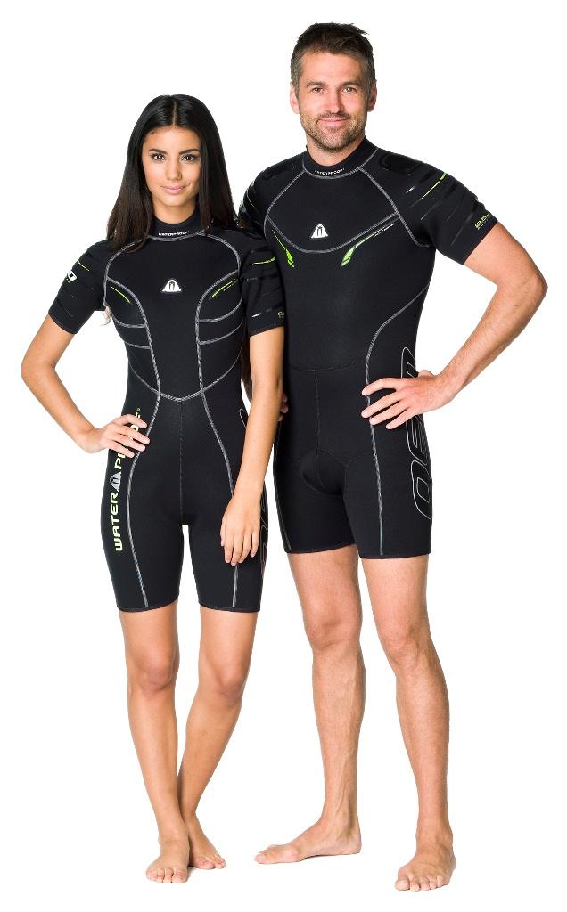 Этот стильный короткий костюм - производная от полного гидрокостюма W30. Эластичный материал и тянущиеся плоские швы обеспечивают максимально возможную свободу движений - то что нужно любителям водных видов спорта. Накладки на плечах не скользят и защищают материал костюма от истирания. Молния с бегунком из нержавеющей стали. Нескользящее покрытие сзади. Характеристики: Материал: 80% резина, 20% неопрен. Размер гидрокостюма: ML. Рекомендуемый рост: 175-181 см. Толщина костюма: 2,5 мм. Артикул: WP 301124. Размер упаковки: 58 см х 38 см х 5 см.