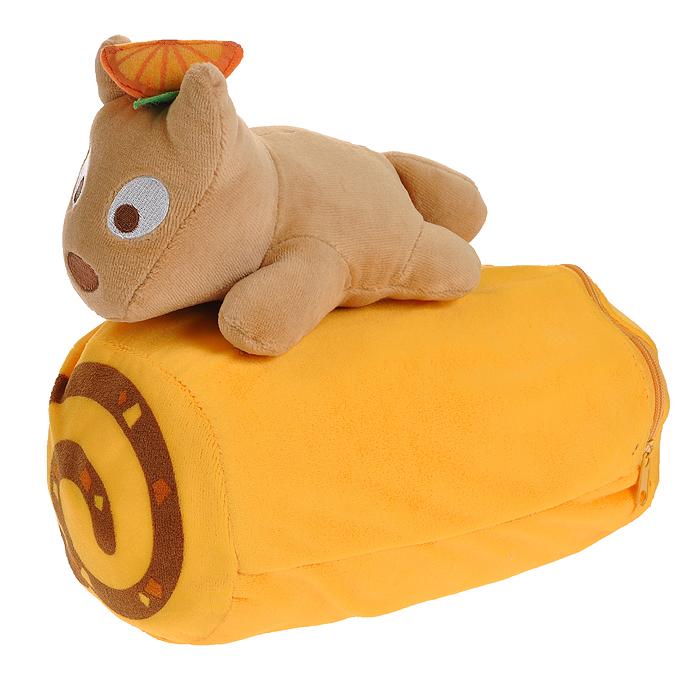 Плед-подушка Don Don, цвет: желтый. 1523715237Удивительно мягкий плед с ворсистой фактурой окружит вас теплотой и уютом. Флисовый плед очень нежный и приятный на ощупь. Плед упакован в чехол на молнии, который превращается в небольшую подушечку в форме валика. Подушечка-чехол декорирована очаровательной игрушкой - собачкой Pon Pon.Плед-подушка прекрасно впишется в интерьер детской комнаты или спальни и подарит вам ощущение комфорта. Характеристики: Материал: полиэстр, флис. Цвет: желтый. Размер подушки: 21 см x 11 см x 21 см. Размер пледа: 152 см x 76 см. Артикул: 15237.