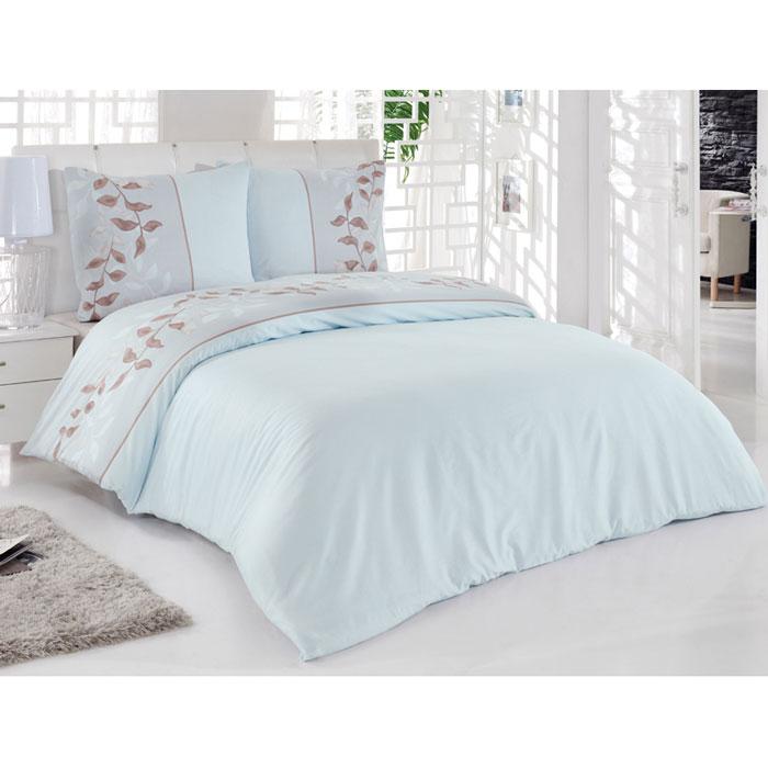 Комплект белья Tete-a-tete Тиамо (2-х спальный КПБ, сатин, наволочки 70х70), цвет: светло-голубойТ-8013_2-спальныйКомплект постельного белья Тиамо является экологически безопасным для всей семьи, так как выполнен из натурального хлопка. Комплект состоит из пододеяльника, простыни и двух наволочек. Постельное белье оформлено оригинальным рисунком и имеет изысканный внешний вид.Сатин - производится из высших сортов хлопка, а своим блеском, легкостью и на ощупь напоминает шелк. Такая ткань рассчитана на 200 стирок и более. Постельное белье из сатина превращает жаркие летние ночи в прохладные и освежающие, а холодные зимние - в теплые и согревающие. Благодаря натуральному хлопку, комплект постельного белья из сатина приобретает способность пропускать воздух, давая возможность телу дышать. Одно из преимуществ материала в том, что он практически не мнется и ваша спальня всегда будет аккуратной и нарядной. Характеристики: Производитель: Турция. Материал: сатин (100% хлопок). Размер упаковки: 28 см х 36 см х 8 см. В комплект входят: Пододеяльник - 1 шт. Размер: 175 см х 215 см. Простыня - 1 шт. Размер: 220 см х 220 см. Наволочка - 2 шт. Размер: 70 см х 70 см. Коллекция постельного белья Tete-a-Tete - российская новинка, выполненная в лучших европейских традициях из роскошного премиум-сатина (более плотного и мягкого по сравнению с обычным сатином). Потребительские качества постельного белья Tete-a-Tete обусловлены выбором материала для пошива. Компания использует 100% египетский хлопок для изготовления тканей. Качество красителей и ткани надолго позволяют сохранить яркость цветов. Постельное белье Tete-a-Tete будет отличным подарком.