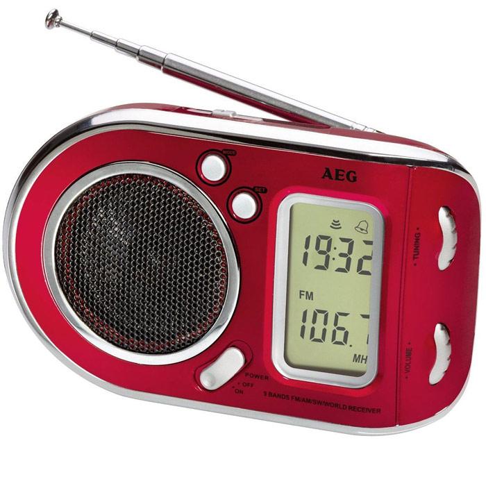AEG WE 4125, Red радиоприемникAEG WE 4125rotРадиоприемник AEG WE 4125 с будильником идеально подходит для путешествий.ЖК-дисплей Телескопическая антенна Цифровая индикация частоты Высококачественный динамик Многочастотный радиоприемник с 9 диапазонами частоты (1 х URW, 1 x MW, 7 x KW)