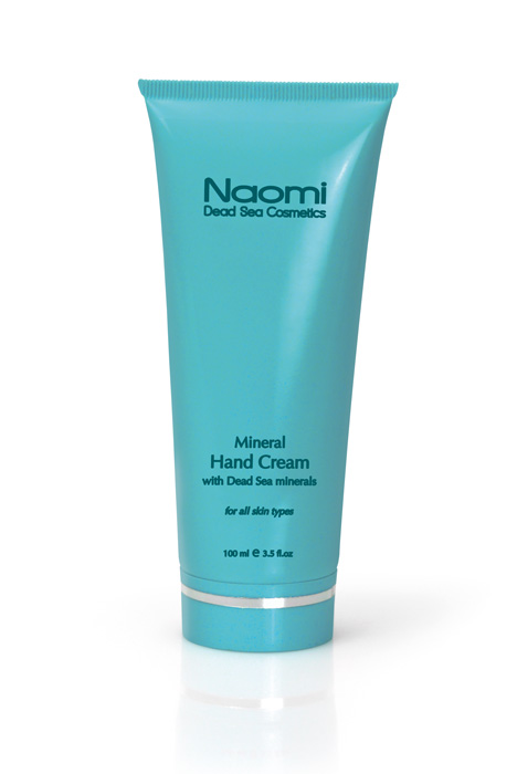 Naomi Крем для рук с минералами Мертвого моря, 100 млKM 0008Крем для рук Naomi обогащен минералами Мертвого моря, благодаря чему превосходно ухаживает за руками. Крем смягчает, питает и защищает кожу от сухости, ускоряет процесс заживления микротравм и трещинок. Легкий по консистенции крем отлично впитывается и обладает приятным запахом. Характеристики:Объем: 100 мл. Артикул: KM 0008. Производитель: Израиль. Товар сертифицирован.
