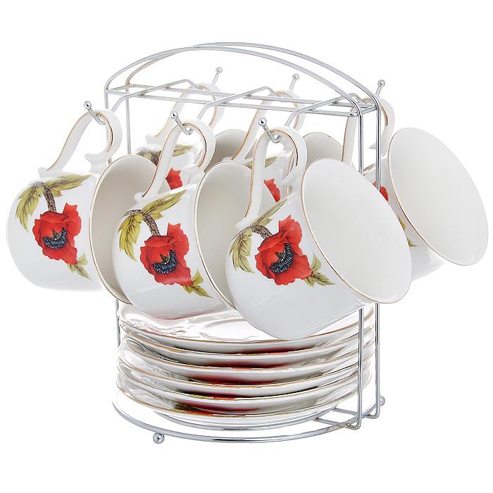 Набор чайный Красный мак на подставке, 13 предметов590-028Чайный набор Красный мак состоит из 6 чашек и 6 блюдец, которые размещаются на металлической подставке. Изделия выполнены из высококачественного фарфора и декорированы красочным изображением маков. Элегантный дизайн и яркое оформление предметов набора привлекут к себе внимание и украсят интерьер вашей кухни. Чайный набор Красный мак идеально подойдет для сервировки стола и станет отличным подарком к любому празднику. Характеристики:Материал:фарфор, металл. Объем чашки:200 мл. Диаметр чашки по верхнему краю: 8,5 см. Высота чашки: 8 см. Диаметр блюдца: 15 см. Размер подставки: 17,5 см х 16 см х 21 см. Размер упаковки: 24,5 см х 18 см х 21,5 см. Артикул: 590-028.